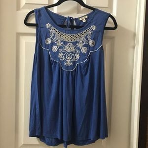NWOT Eyeshadow Blue Embroidered Tank S